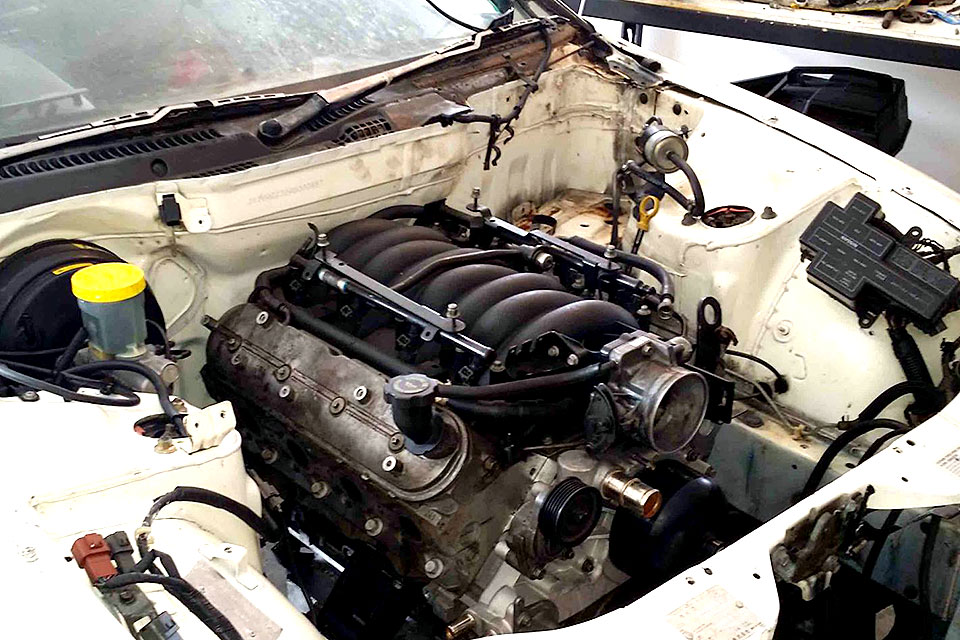 Alternate Supercars Engine Swap: LS1 Into Nissan 300ZX