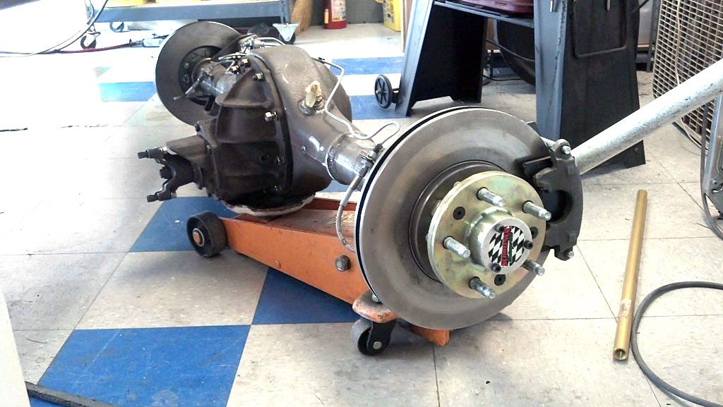 9 inch Ford axle